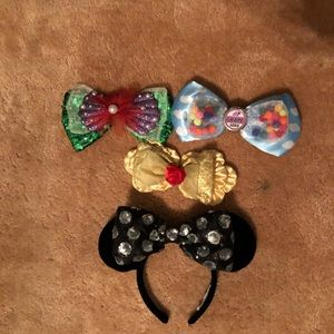 Disney Minnie Mouse Ears with Interchangeable bows